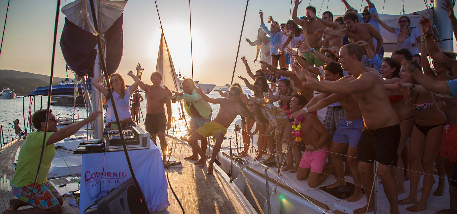 Fotografía de eventos viajes fiestas sailing experience cerdeña ibiza formentera