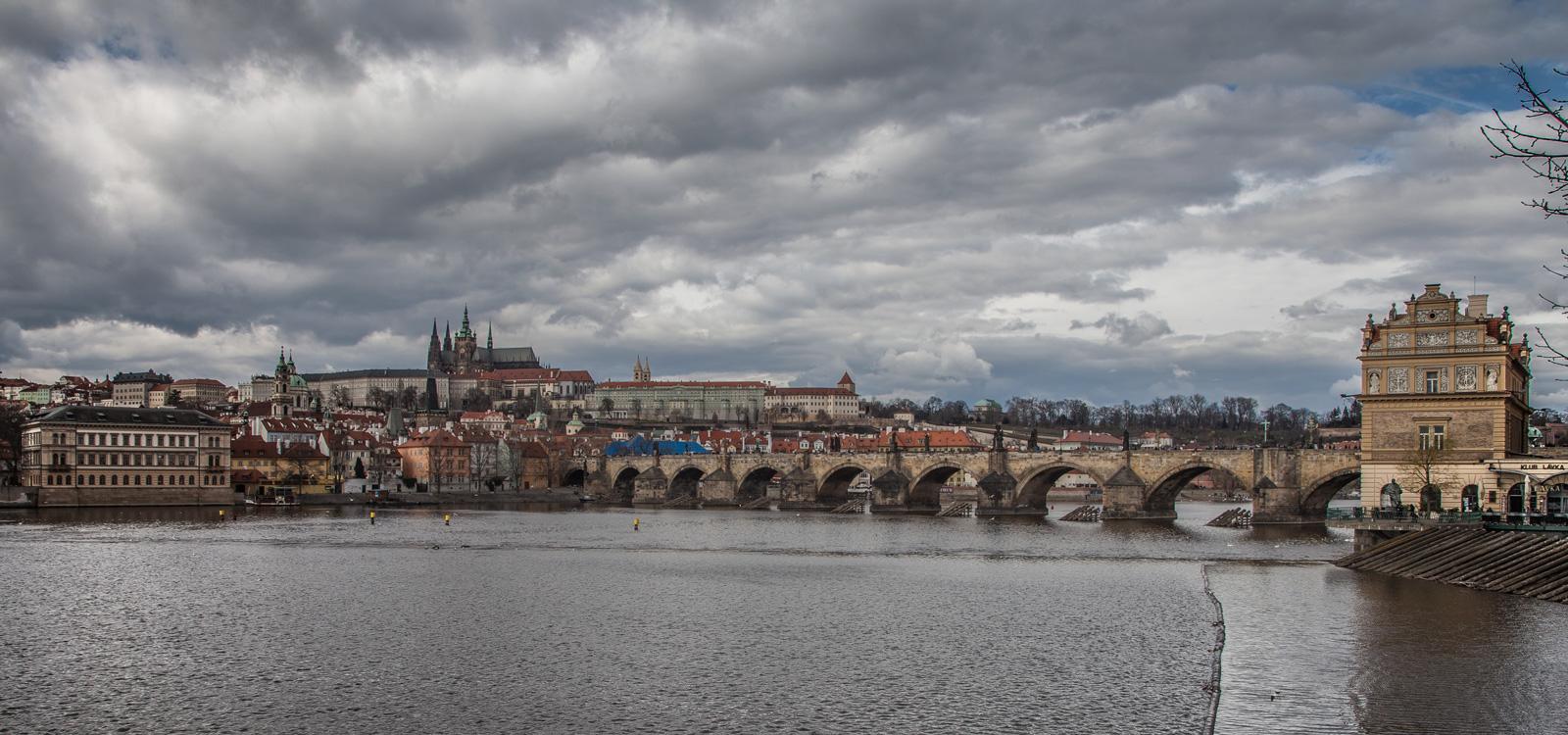 Fotógrafo viajes Praga ciudad puente