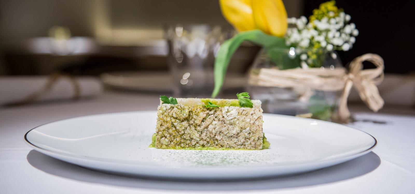 En Clos Madrid queremos sorprender a nuestros huéspedes creando una experiencia única con nuestra cocina creativa.